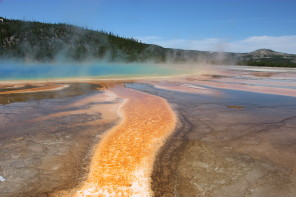 Clem Goes : Yellowstone Park